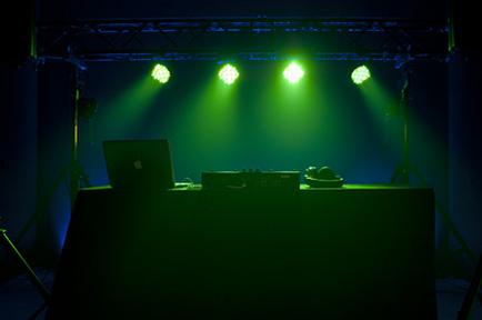 American DJ Mega LED Tri Par Profile (Foto 3)